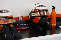 Helmets of Stoffel Vandoorne, McLaren