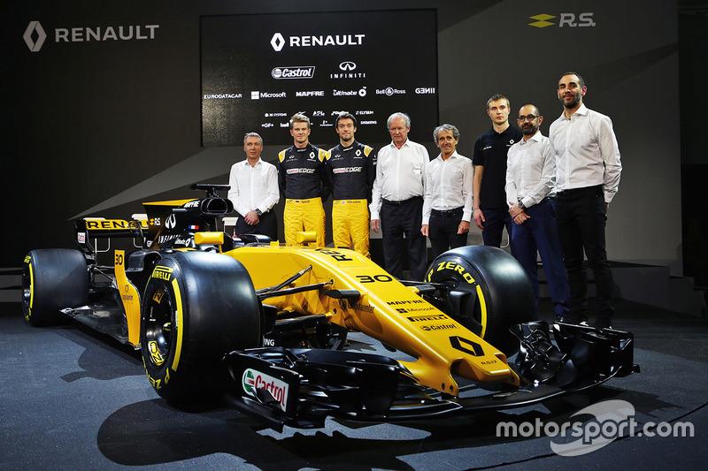 (Зліва направо): Боб Белл, головний інженер Renault Sport F1 Team; Ніко Хюлькенберг, Renault Sport F1 Team; Джоліон Палмер, Renault Sport F1 Team; Джером Столл, президент Renault Sport F1; Алан Прост, третій пілот Renault Sport F1 Team; Тьєрі Коскас, екскл