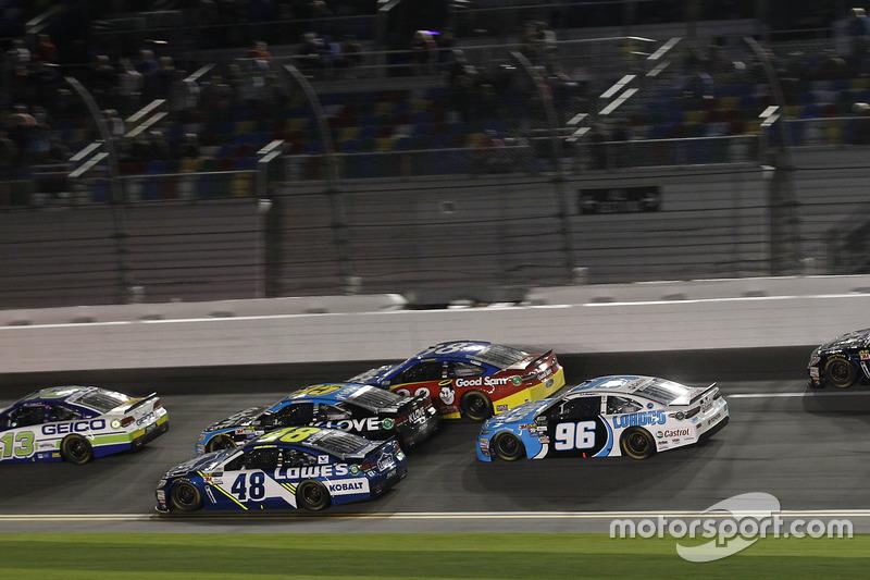 Jimmie Johnson, Hendrick Motorsports, Chevrolet; Michael McDowell, Leavine Family Racing, Chevrolet;