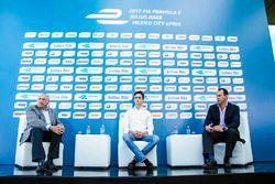 José Abed Vicepresidente de FIA, Esteban Gutiérrez, Techeetah y Horacio De La Vega director deportes