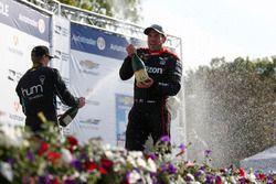 Podium: 1. Graham Rahal, Rahal Letterman Lanigan Racing, Honda; 2. Josef Newgarden, Team Penske, Che