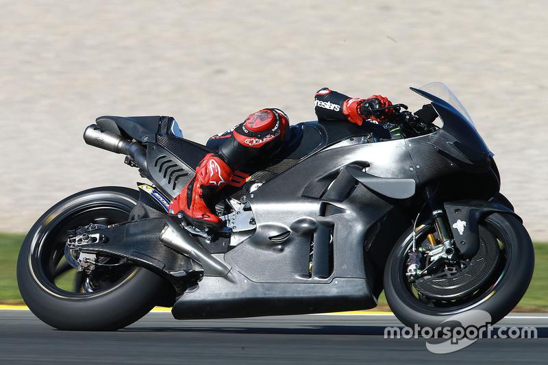Jorge Lorenzo en su primer test con Ducati en Valencia, noviembre de 2016