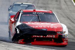 Ryan Reed, Roush Fenway Racing Ford blows a tire