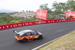 #95 MARC Cars Australia, MARC Focus V8: Geoffrey Peter Taunton, Jason Andrew Busk, Bryce Fullwood