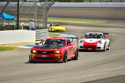 #65 TA4 Chevrolet Camaro, Joe Bogetich, Bogie Motorsports, #5 TA3 Porsche 997, Milton Grant, Grant R