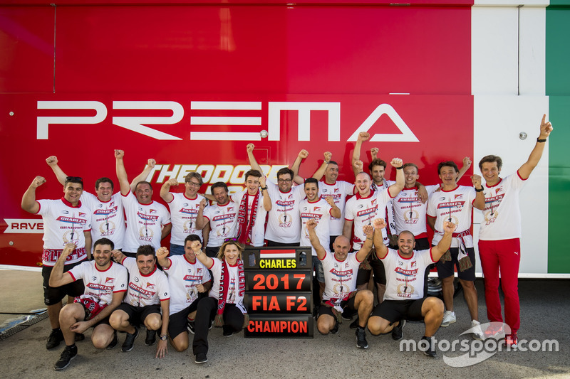 Charles Leclerc, PREMA Powerteam, Antonio Fuoco, PREMA Powerteam and the team celebrate