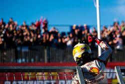 Pole sitter Scott McLaughlin, Team Penske Ford