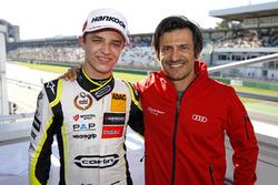 Lando Norris, Carlin Dallara F317 - Volkswagen with Stéphane Ortelli