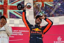 Daniel Ricciardo, Red Bull Racing celebrates on the podium with the trophy