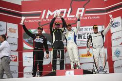 Gara 1 podio GTS, Neri-Veronesi (kinetic Racing,Porsche Cayman GT4 CS #205), Sabino Marco De Castro (Ebimotors Srl,Porsche Cayman-GT4 #252), Luca Magnoni (Nova Race,Ginetta G55-GT4 #206)