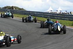 Veld met Grand Prix-auto's van voor '61