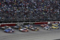 Рестарт гонки NASCAR Cup в Дарлингтоне