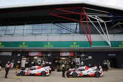 #8 Toyota Gazoo Racing Toyota TS050 Hybrid: Anthony Davidson, Sébastien Buemi, Kazuki Nakajima, #7 T