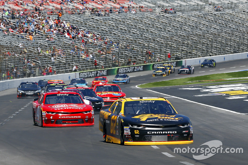 Brendan Gaughan, Richard Childress Racing, Chevrolet; Ross Chastain, JD Motorsports, Chevrolet