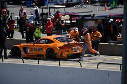 #2 CRP Racing Mercedes AMG GT3: Ryan Dalziel, Daniel Morad, pit stop action
