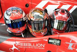 Cascos de #17 IDEC Sport Racing Ligier JS P217 Gibson: Patrice Lafargue, Paul Lafargue, David Zollin