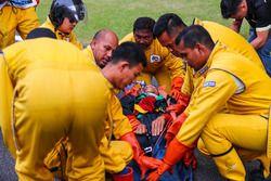 Equipo médico práctica de extracción de piloto
