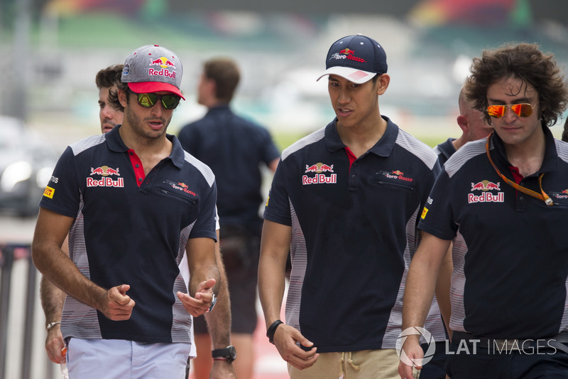 Карлос Сайнс-мл. и Шон Гелаэль, Scuderia Toro Rosso