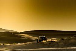 Atardecer en el Dakar Series Rally de China