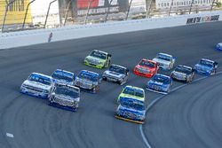 Chase Briscoe, Brad Keselowski Racing Ford, Ryan Truex, Hattori Racing Enterprises Toyota and Johnny