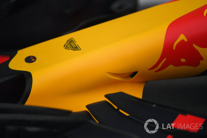 Red Bull Racing RB13 nose detail