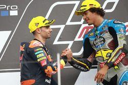 Podio: il vincitore della gara Franco Morbidelli, Marc VDS, il secondo classificato Miguel Oliveira,