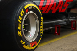 Haas VF-17 Pirelli tyres and wheel