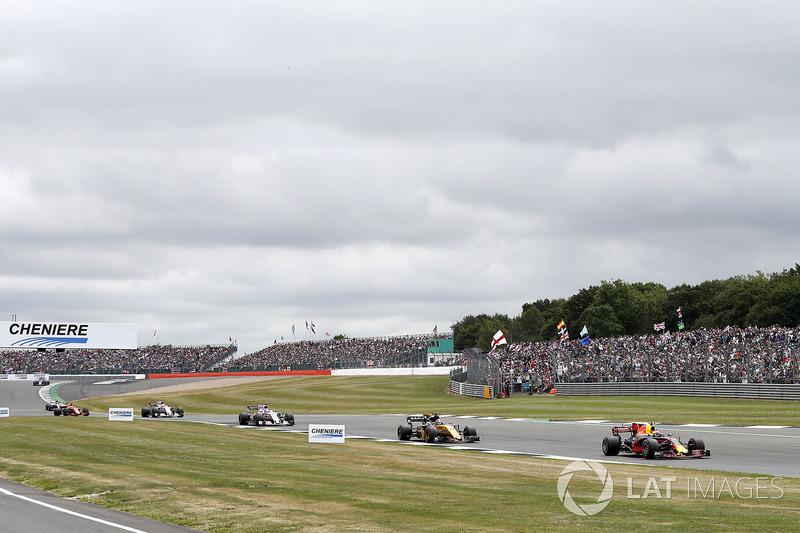 Макс Ферстаппен, Red Bull Racing RB13, Ніко Хюлькенберг, Renault Sport F1 Team RS17, Серхіо Перес, Sahara Force India F1 VJM10