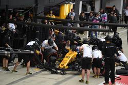 Arrêt au stand de Jolyon Palmer, Renault Sport F1 Team RS17