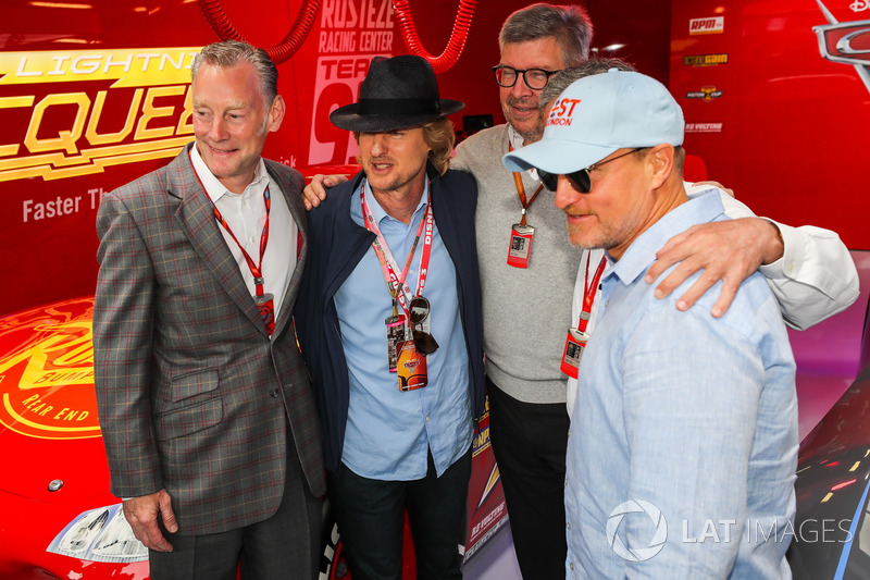 Sean Bratches, Formula One Managing Director comercial, Owen Wilson, Actor, Ross Brawn, Formula One