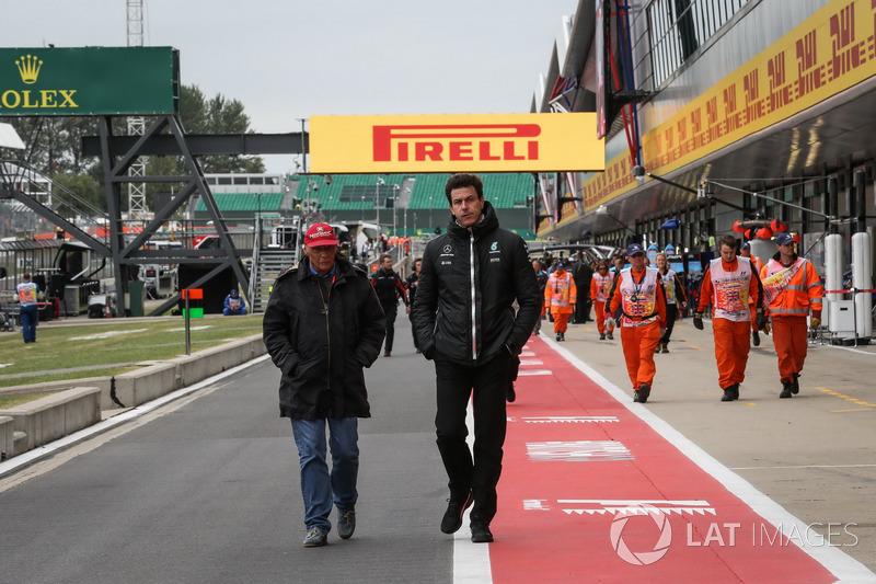 Niki Lauda, Presidente Non Esecutivo Mercedes AMG F1 e Toto Wolff, Mercedes AMG F1 Direttore del Mot