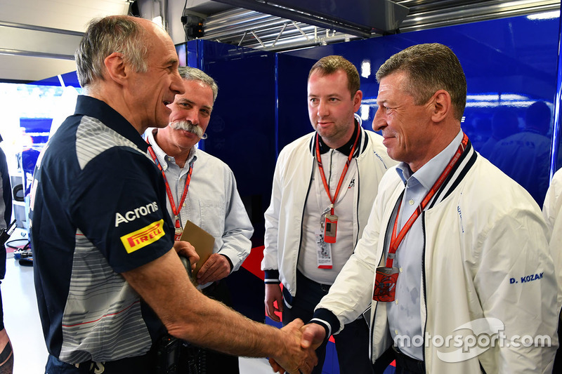 Franz Tost, Scuderia Toro Rosso Team Principal and Dmitry Kozak, Deputy Prime Minister of the Russian Federation of the Formula One Group in the garage