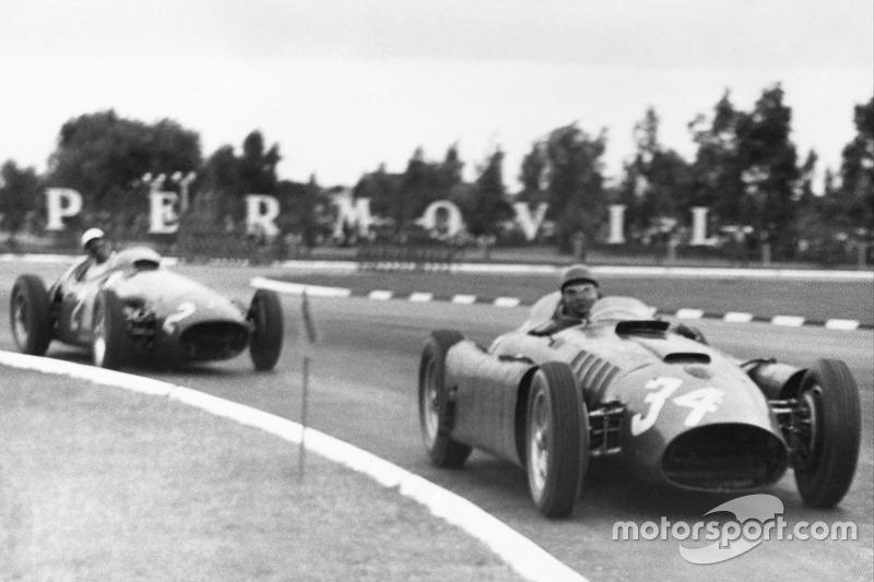 Com ajudinha de Musso, Fangio supera Ascari em 1955