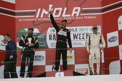 Gara 1 Podio GT4: Sabino Marco De Castro, Ebimotors, Nicola Neri, Kinetic Racing, Gian Piero Cristoni, Nova Race