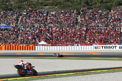 Хорхе Лоренсо, Yamaha Factory Racing, и Марк Маркес, Repsol Honda Team