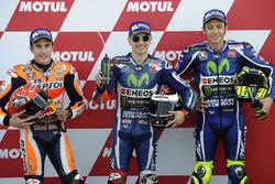 Il poleman Jorge Lorenzo, Yamaha Factory Racing, il secondo classificato Marc Marquez, Repsol Honda