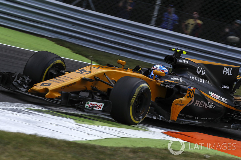 Renault asks Palmer to retire the car
