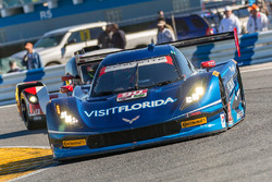 #90 VisitFlorida.com Racing Corvette DP : Marc Goossens, Ryan Dalziel, Ryan Hunter-Reay