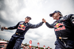 Карлос Сайнс и Лукас Круз, Peugeot Sport