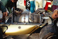 La turbine à combustion Pratt & Whitney greffée à l'arriàre de la Lotus 56B
