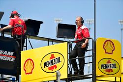 Joey Logano, Team Penske, Ford Fusion Shell Pennzoil, Todd Gordon