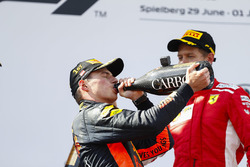 Max Verstappen, Red Bull Racing, 1st position, drinks Champagne on the podium