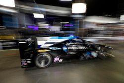 #10 Wayne Taylor Racing Cadillac DPi, P: Renger van der Zande, Jordan Taylor, Ryan Hunter-Reay, pits