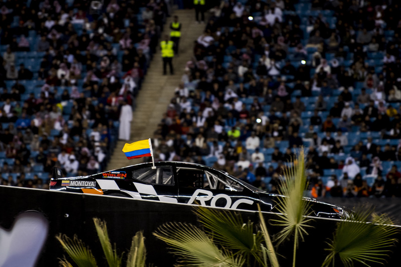 Juan Pablo Montoya del Equipo Latinoamérica en el Whelen NASCAR