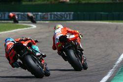 Marco Melandri, Aruba.it Racing-Ducati SBK Team, Xavi Fores, Barni Racing Team
