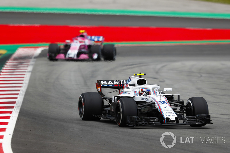 Sergey Sirotkin, Williams FW41, Esteban Ocon, Force India VJM11