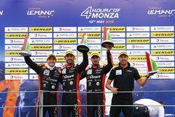 Podio LMP2: i vincitori della gara #26 G-Drive Racing Oreca 07 - Gibson: Roman Rusinov, Andrea Pizzitola, Jean Eric Vergne