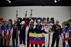 Amadeo Quirros Jr., Amadeo Quirros Sr., Juan Fayen, Anselmo Gonzalez, Lino Fayen and Angel Benitez Jr., Formula Motorsport