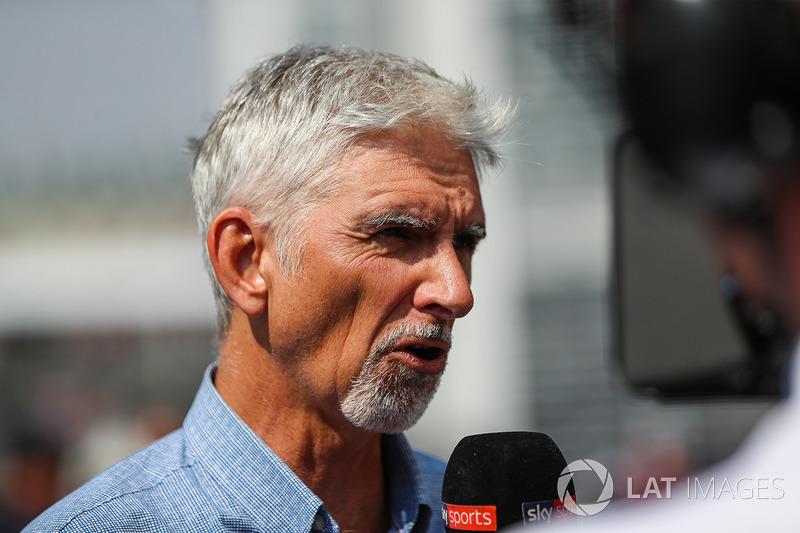 Дэймон Хилл после этого одержал еще 19 побед и ушел из Ф1 в конце сезона-1999, чтобы стать телевизионным экспертом и по сей день оставаться частью паддока.
