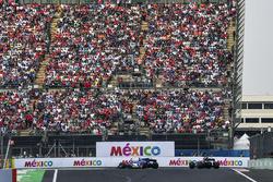 Marcus Ericsson, Sauber C36 and Pierre Gasly, Scuderia Toro Rosso STR12